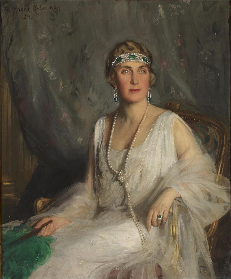 Victoria Eugenie of Battenberg03.jpg