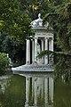 Villa Durazzo Pallavicini - Tempio di Diana 02.jpg