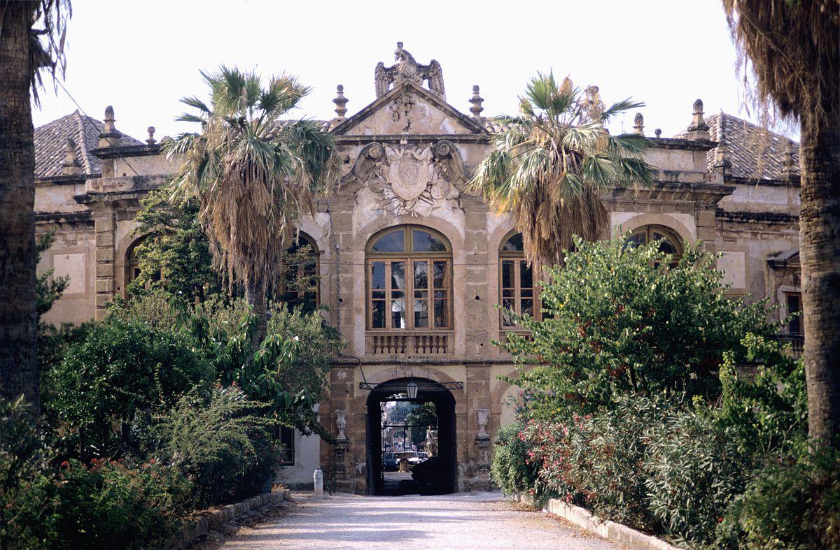 Villa palagonia wikipedia for Immagini di entrate di ville