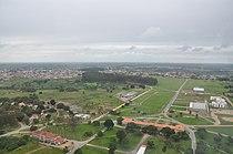 Vista aérea do Campus da UFRB e ao fundo a cidade de Cruz das Almas.JPG