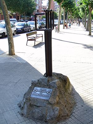 Massacre of 3 March 1976 in Vitoria - Monument to the victims of the March 3, 1976, in the street Bernal Díaz de Luco, in fronton of the parish of San Francisco de Asís.