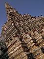 WAT ARUN TEMPLE CHAO PRAYA RIVER BANGKOK THAILAND FEB 2012 (6846472316).jpg