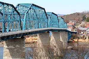 Walnut Street Bridge (Chattanooga) - Viewed from the southeast