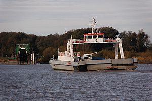 Wischhafen (Ship) 2011-by-RaBoe-21.jpg