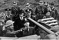Wizyta króla Jugosławii Piotra II w 1 Dywizji Pancernej (21-86-1).jpg