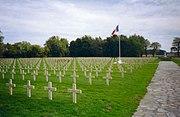 Ypres-necropole-national-gravestones.redvers