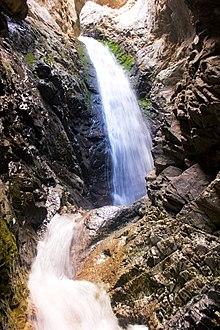 Zapata Falls - Wikipedia