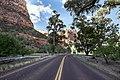 Zion National Park (15317326845).jpg