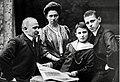 Zuckmayer family july1906.jpg