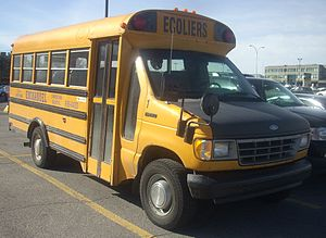 Corbeil Bus Corporation - Image: '95 '96 Ford E 250 School Bus