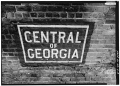 'Central of Georgia' sign painted on the underside of arch spanning West Boundary Street. - Central of Georgia Railway, 1860 Brick Arch Viaduct, Spanning West Boundary Street and HAER GA,26-SAV,18-9.tif