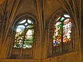 Église de Chaumont en Vexin vitrail choeur 7.JPG