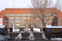 Östermalms Gymnasium 2011aa.jpg