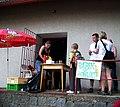 Červený Újezd (BN), prodej párků v rohlíku.jpg
