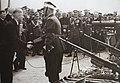 Święto pułkowe 11 Pułku Ułanów. Przekazanie sprzetu dla dowódcy pułku.jpg