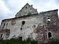 Костьол біля замку Червоногруд, с. Нирків 01.JPG