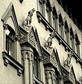 Элемент оформления здания саратовской консерватории.jpg