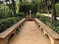 010 Bancs i gerro, parc del Laberint (Barcelona).jpg