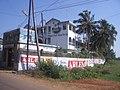 0354 Fahrt Airport Goa Dabolim - Varca 2006-02-11 15-54-26 (10543194034).jpg