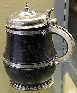 1630 Serpentinhumpen mit Silberfassung anagoria