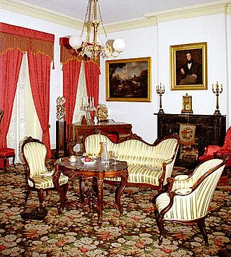 1850 House - Furniture on display