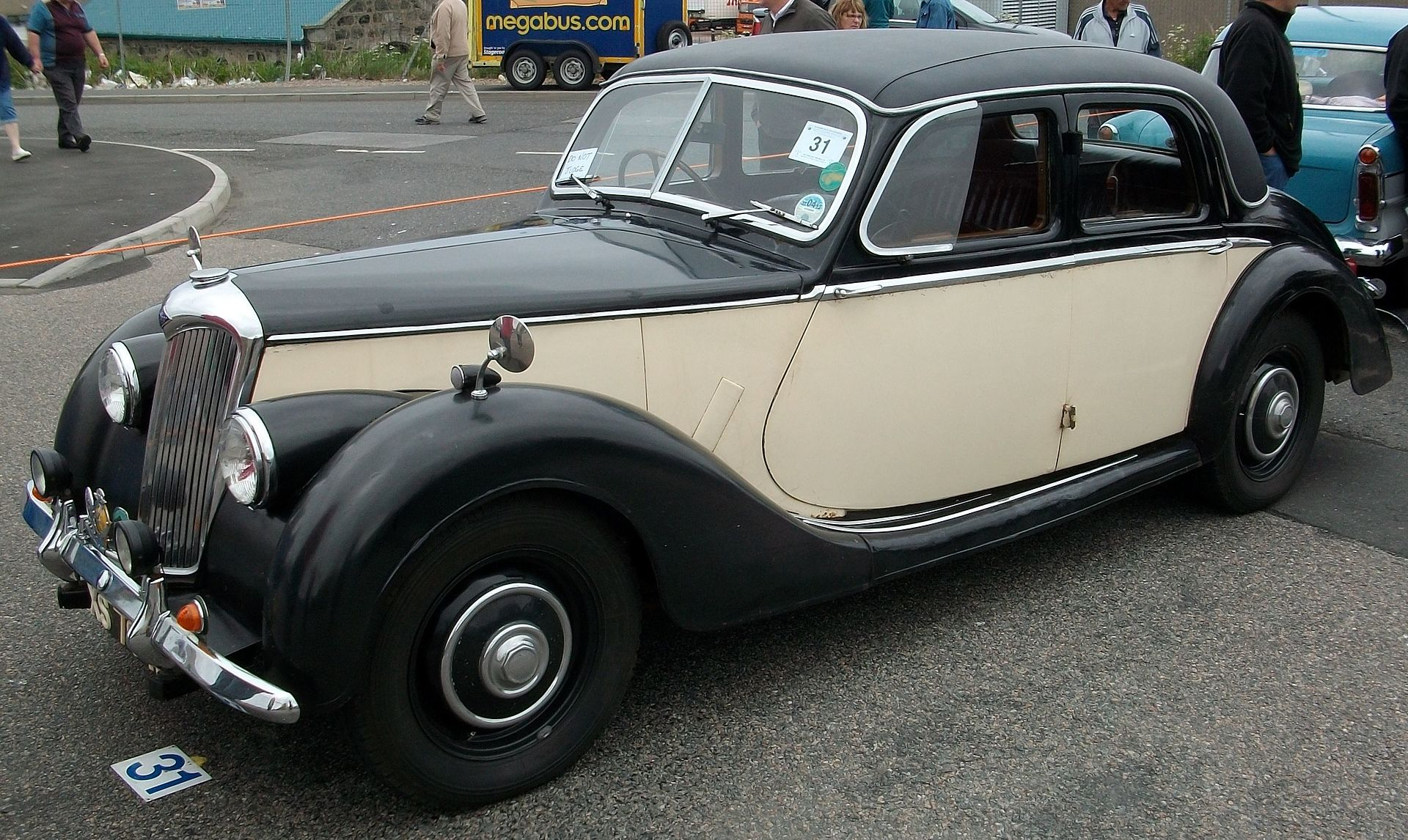 1920px-1952_Riley_RMA_(cropped).jpg