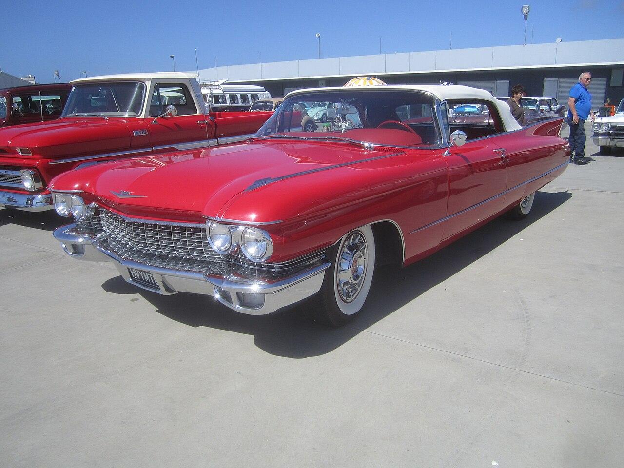 File:1960 Cadillac Series 6200 Convertible (8357629669).jpg ...