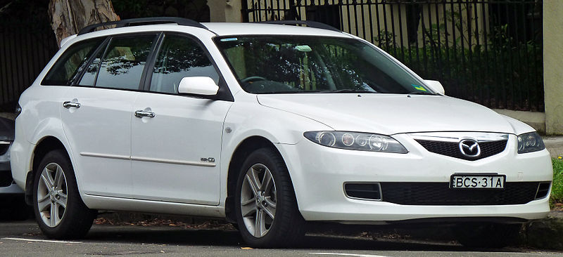 پرونده:2006-2007 Mazda 6 (GY Series 2) MZR-CD station wagon (2011-01-13).jpg