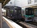 2007-08-26 JR- Yakujin Station,Kakogawa Line JNR103系改造車両 横尾忠則「走れ!Y字路」 8260238.JPG