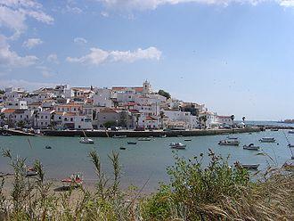 Lagoa, Algarve - The clifftop residences of the parish of Ferragudo (near Portimão).