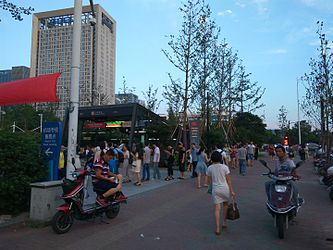 201607 Crowds in front of Jiangling Station A.jpg