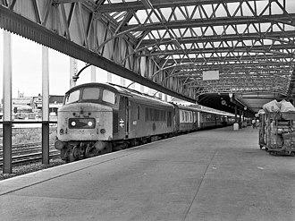 British Rail Class 46 - Image: 46037 at Manchester Victoria