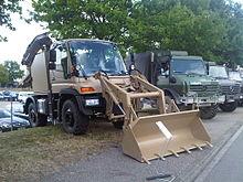 Backhoe loader - Wikipedia