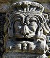 6670 - Isola Bella (Stresa) - Mascherone nel giardino barocco - Foto Giovanni Dall'Orto - 7-Apr-2003.jpg