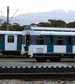 Bullocks Flat - Skitube railway cars and traction railway track