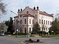 A Szentes Városi Könyvtár az egykori zsinagóga épületében.JPG