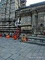 A priest outside kedarnath temple.jpg