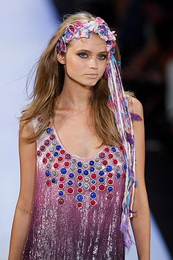 Abbey lee wikipdia abbey leeg sciox Image collections