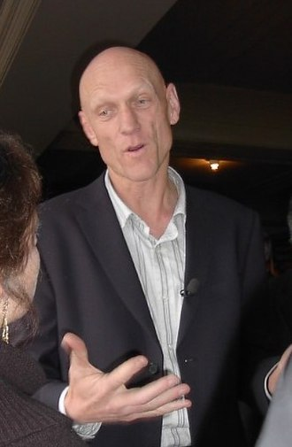 Environmentalist - Peter Garrett campaigning for the Australian federal election, 2004