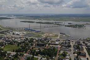 Aerial view of Alton Illinois during June 2008 flood.jpg