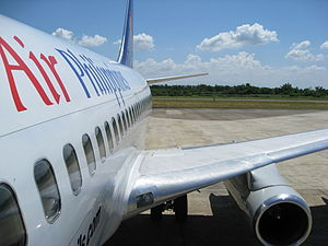 English: This photo of a B737-200adv was taken...