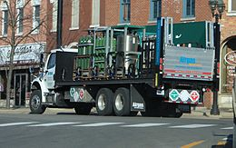 Airgas Delivery Truck Dundee Michigan.JPG