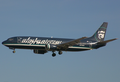 Alaska Airlines Boeing 737-400 N774AS SAN 2004-12-6.png