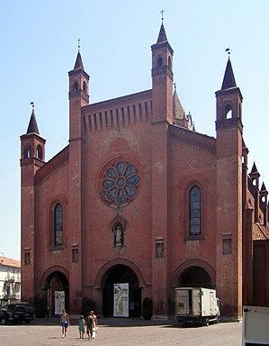 Alba Cathedral - The façade.