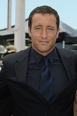 Alex O'Loughlin 2013.jpg
