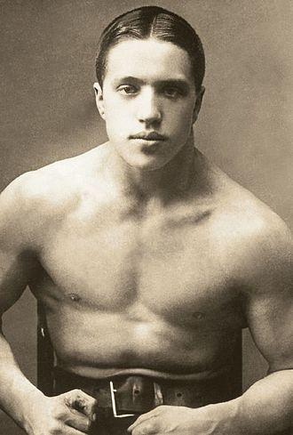 Alfred Neuland - Neuland in 1920