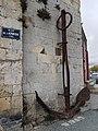 Ancre sur tour Saint Nicolas LR.jpg