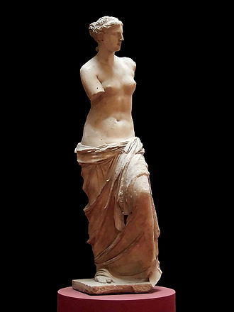 Venus de Milo - Three-quarter view