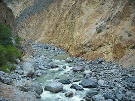 Arequipa - Colca River.JPG