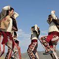 Armenian martial dance Yarkhushta 1.jpg